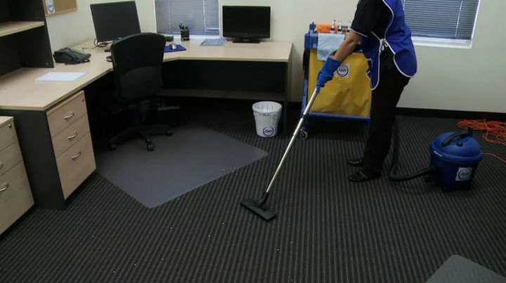 Evening cleaning offices
